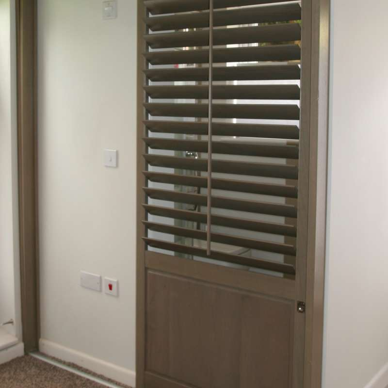 Wardrobe shutters winchesters basingstoke hampshire for Wood doors and shutters