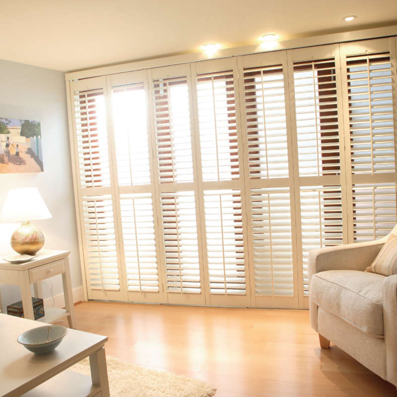 84-bifold-tracked-plantation-shutters-petersfield-hampshire