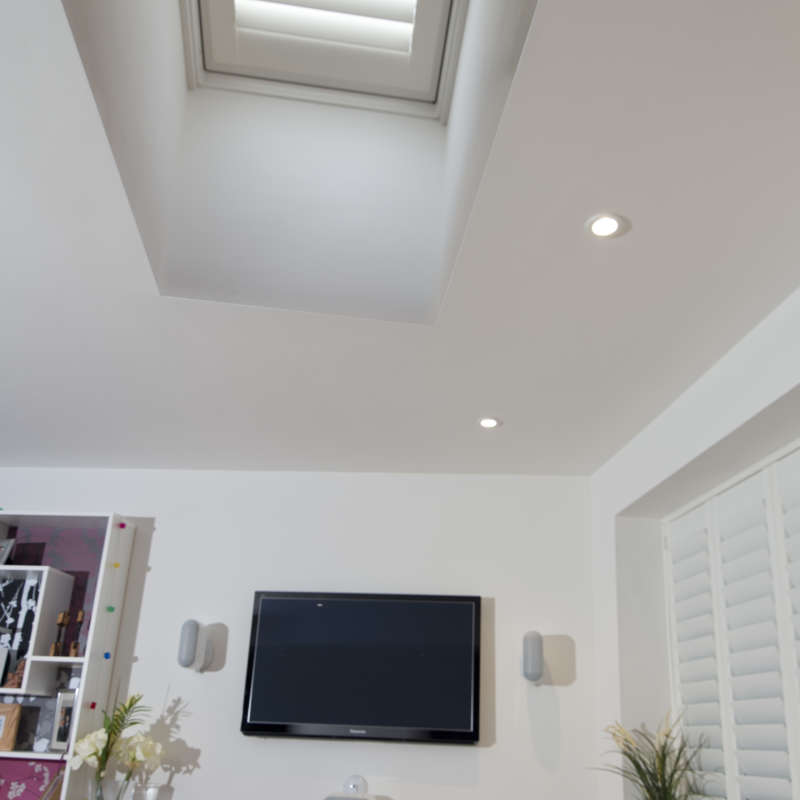 132-velux-roof-shutter-andover-hampshire