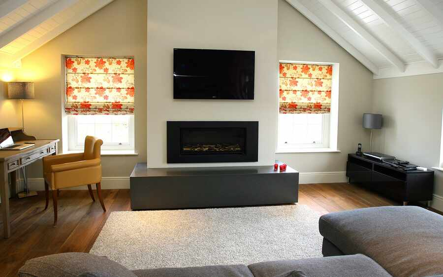 513-Posies-Red-double-Roman-Blind-Romsey-hampshire