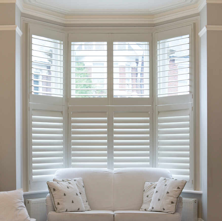29-bay-window-shutter-winchester-hampshire